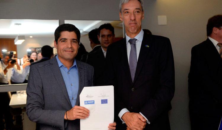 Antônio Carlos Magalhães Neto, prefeito de Salvador da Bahia, junta-se ao Pacto Global de Prefeitos para o Clima e Energia