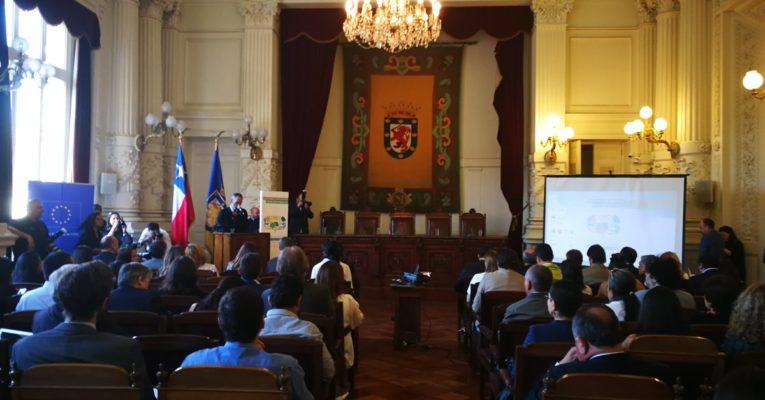 Alcaldes chilenos se reúnen para debatir sobre cambio climático y formalizar sus compromisos en la materia